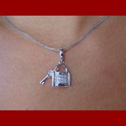 chaine pendentif cadenas diamant or 18 carat