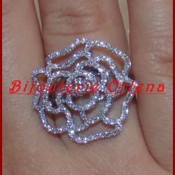 Bague fleur diamant or 18 carats