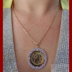 Chaîne pendentif fleur oxyde napoléon or 18 carats