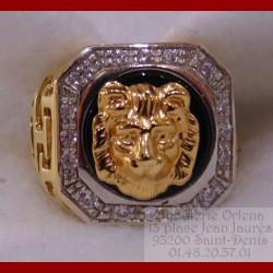 Chevalière tête de lion or 18 carats