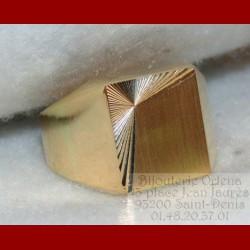 Chevalière guillochée or 18 carats