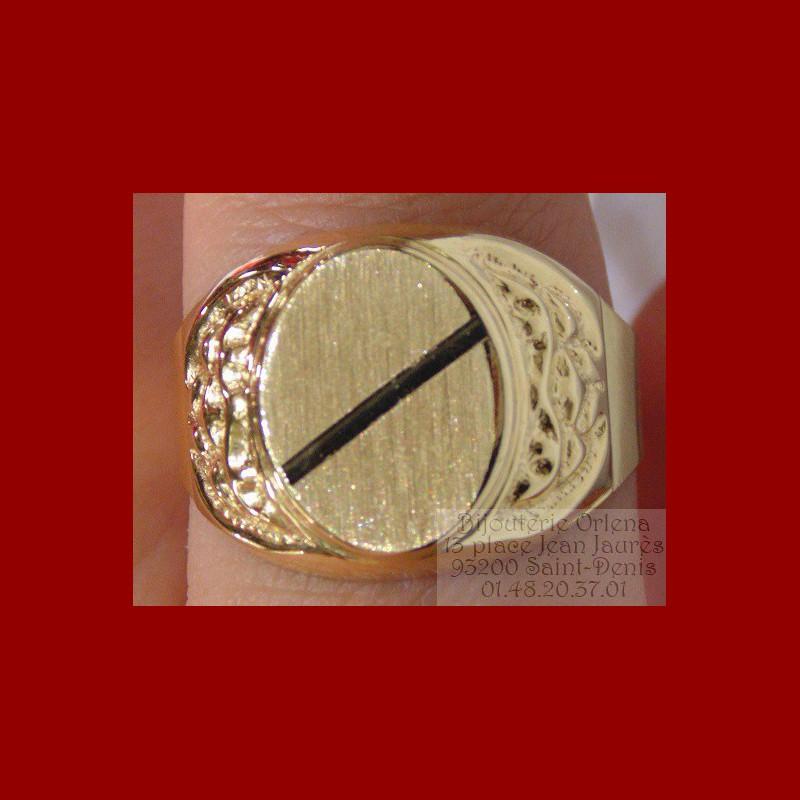 chevaliere ovale or 18 carats bijouterie orlena. Black Bedroom Furniture Sets. Home Design Ideas