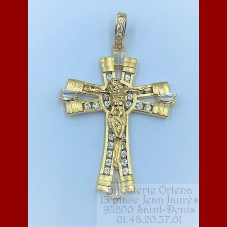 Pendentif Jesus Christ Or 18 Carats